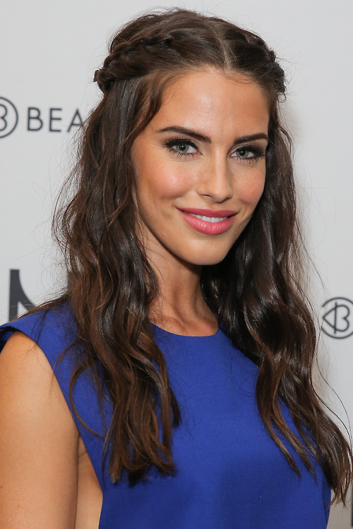 Jessica Lowndes at BeautyCon LA 2014!